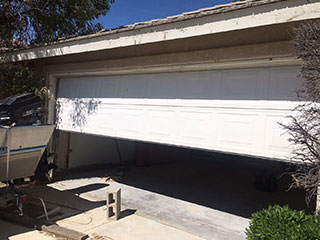 Problems a Garage Door Can Experience | Garage Door Repair Hastings, MN